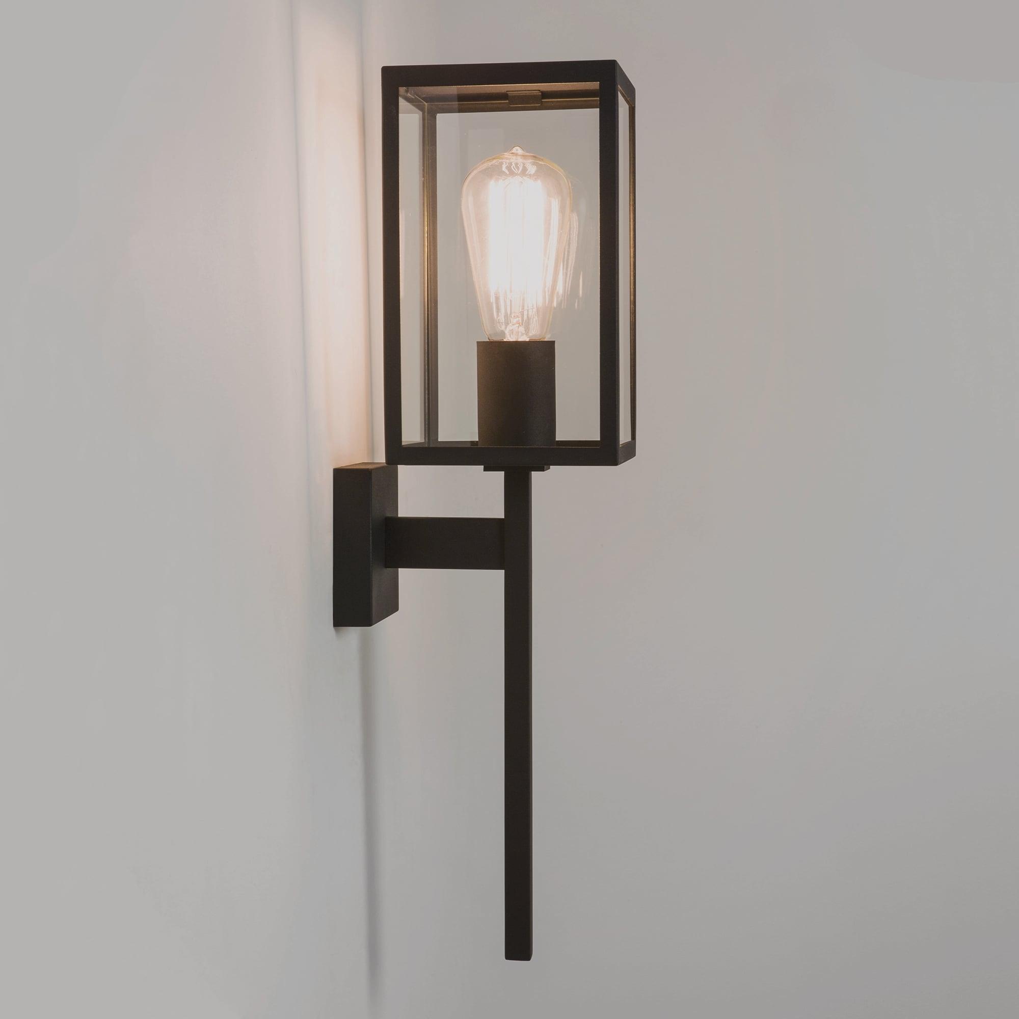 1369001 Lanterne murale simple lumineuse pour entraîneur, fini noir